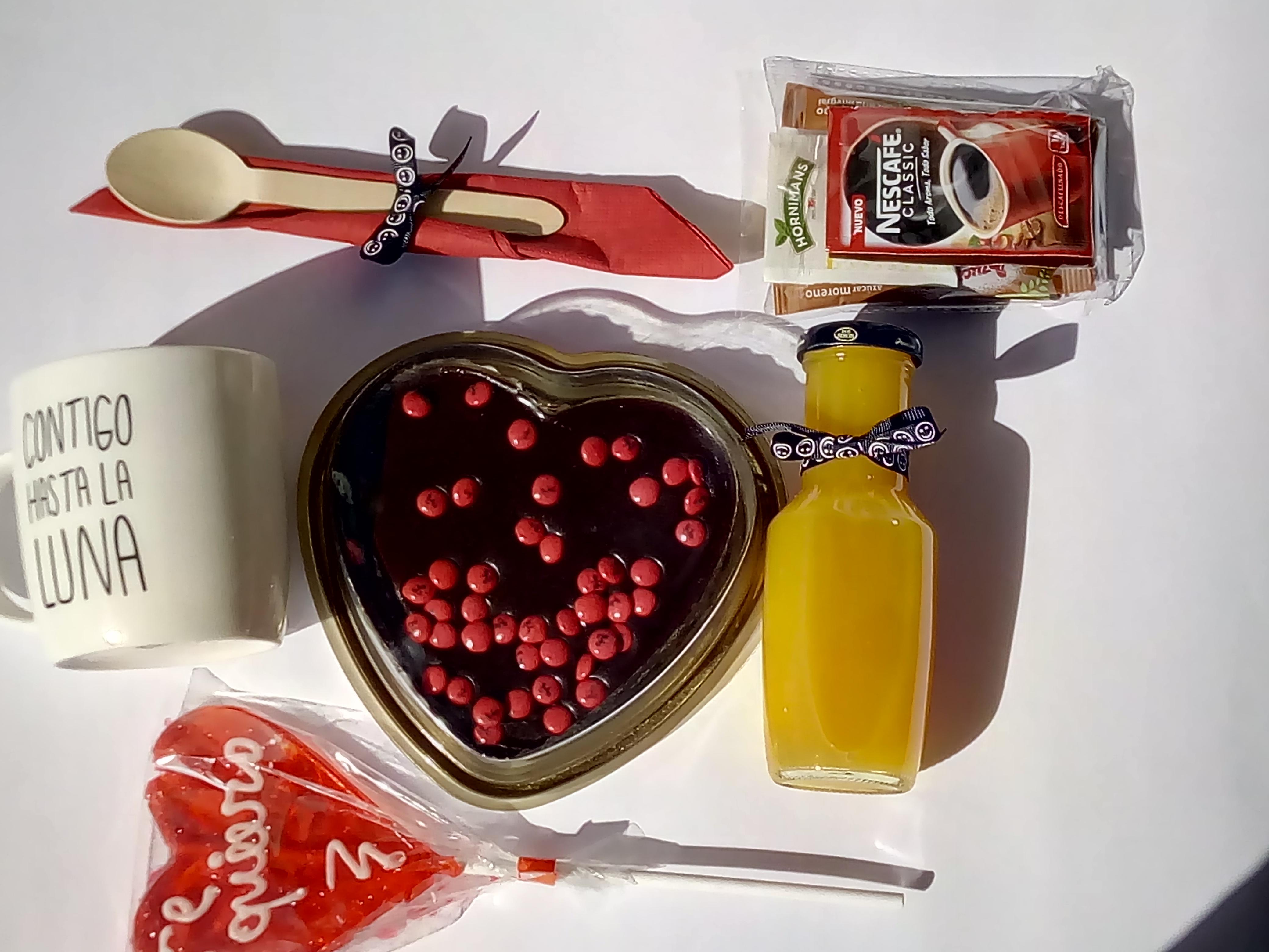 Desayuno san valentin, desayuno enamorados, desayuno sorpresa